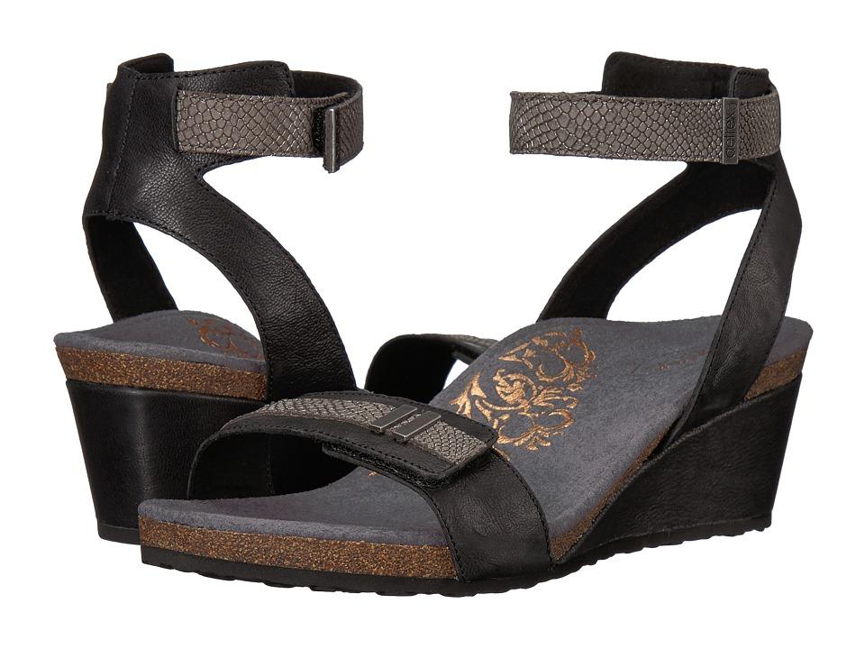 Aetrex - Gia (Black) Women's Sandals