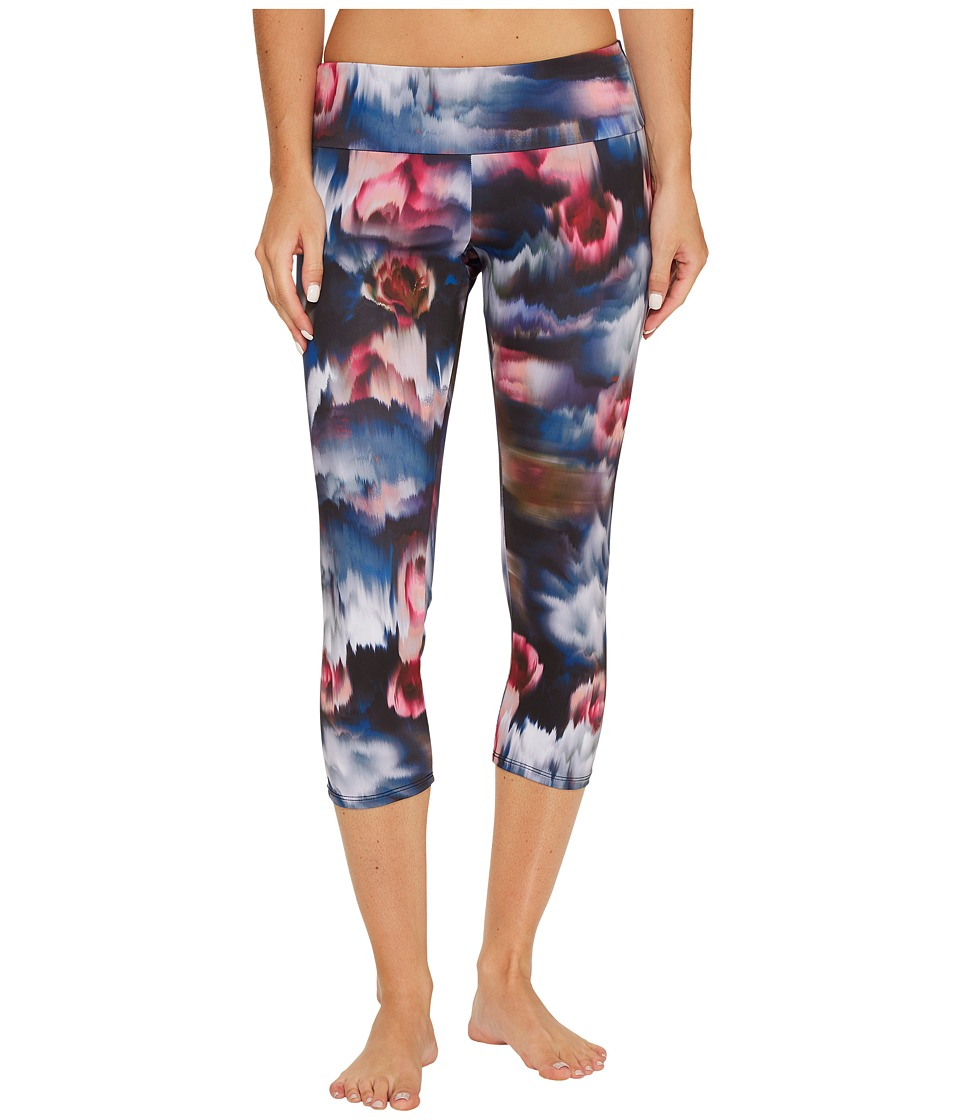 Onzie Capri Pants (Fast Flower) Women