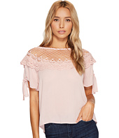 ROMEO & JULIET COUTURE - Scalloped Lace Neck Top