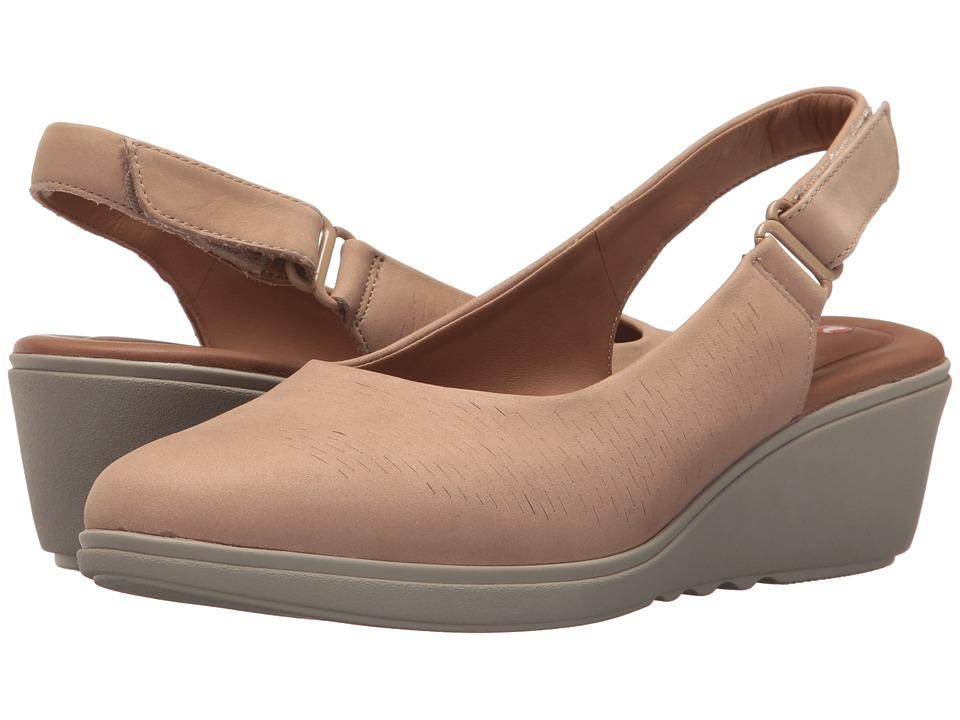 Clarks - Un Tallara Rae (Sand Nubuck) Womens Shoes