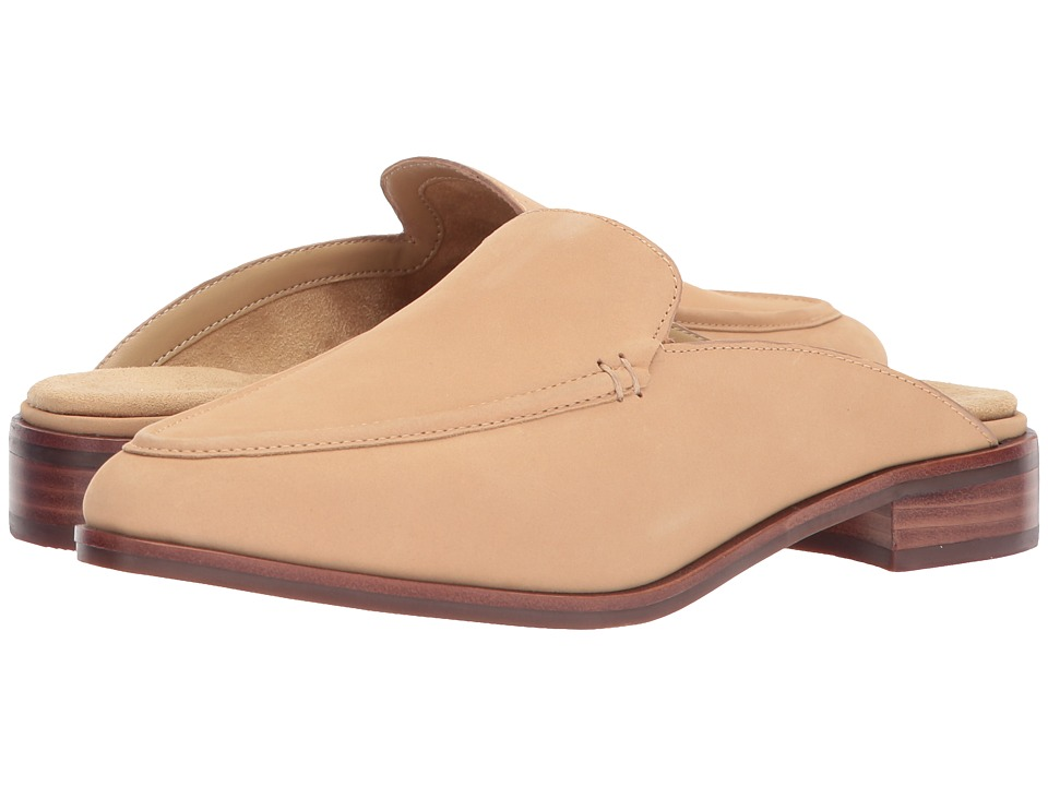 Aerosoles East Wing (Light Tan Nubuck) Women