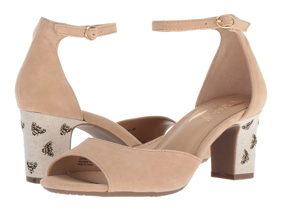 Aerosoles Ooh La La (Light Tan Suede) Women's Shoes