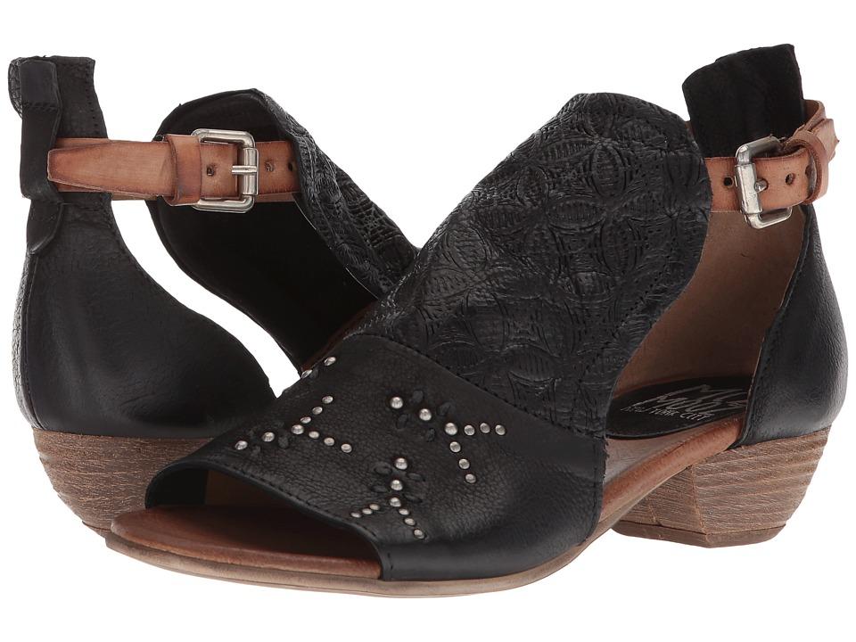 Miz Mooz - Carey (Black) Womens Shoes