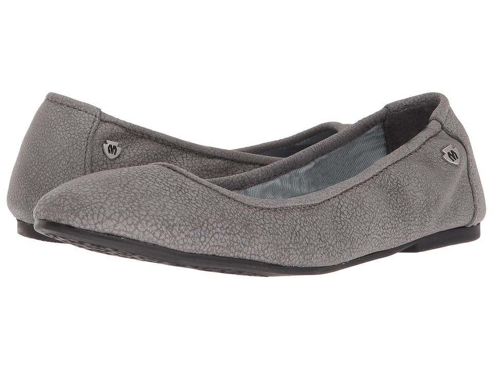 Minnetonka - Anna (Distressed Charcoal Leather) Womens Flat Shoes