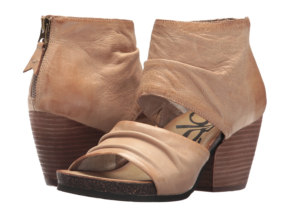 OTBT Patchouli (Light Taupe) Women's Shoes