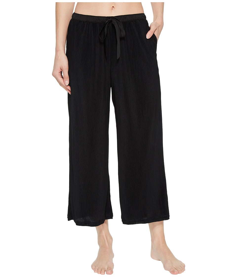 Donna Karan Pleated Jersey Capri Pants (Black) Women