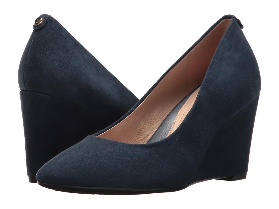 Taryn Rose - Ysabella (Navy Silky Suede) High Heels