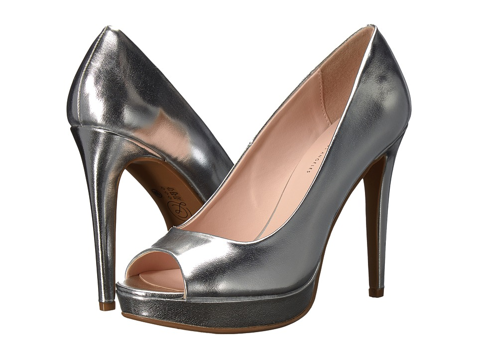 Chinese Laundry Holliston Pump (Silver) High Heels