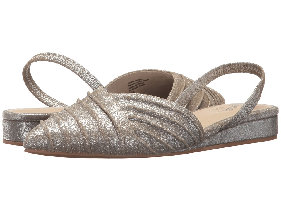 Seychelles Highly Touted (Silver Metallic Suede) Women
