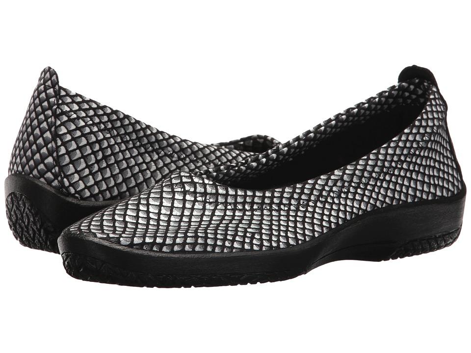 Arcopedico L15 (Black/White) Women's Shoes