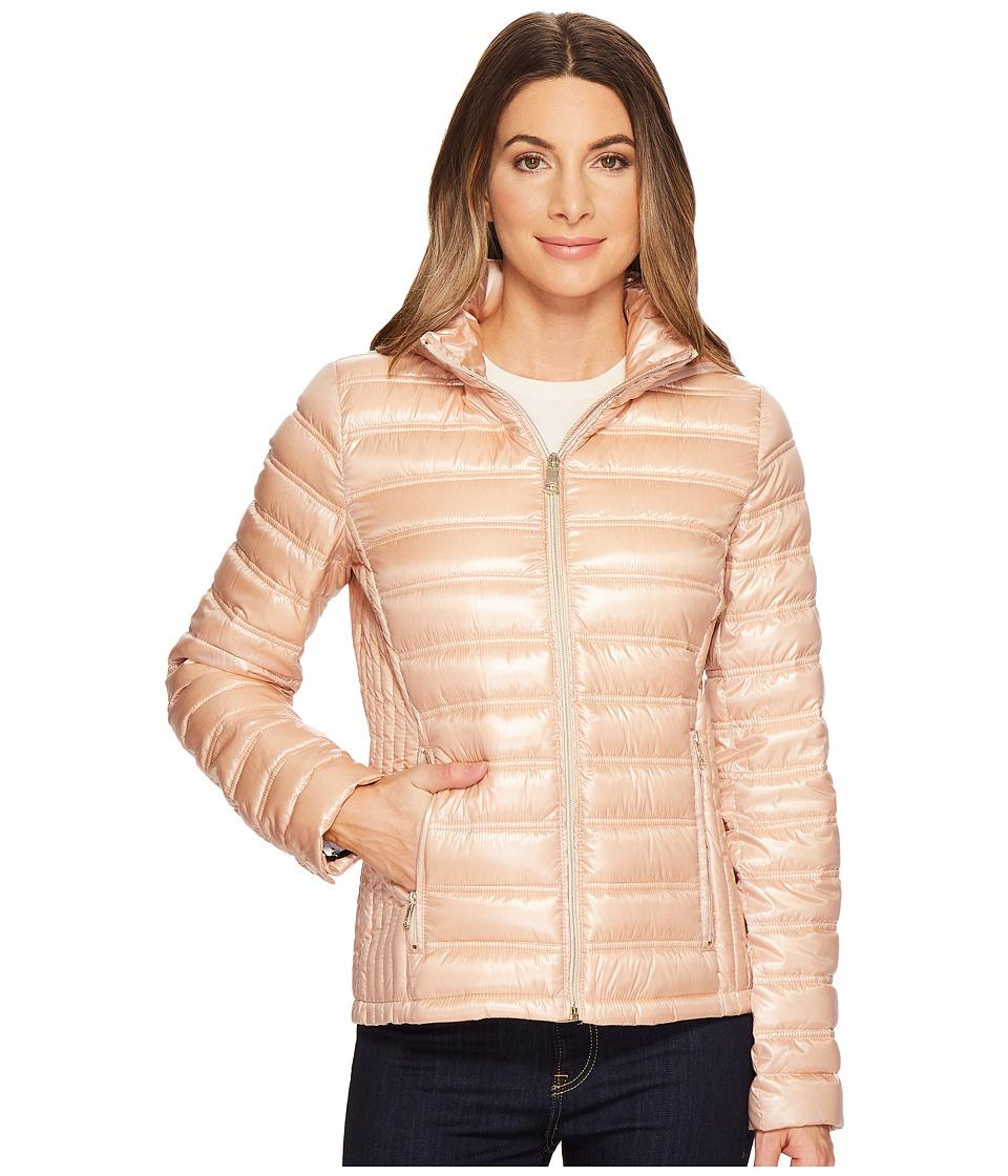 Calvin Klein Short Packable Down with Hood (Shine Blush) ...