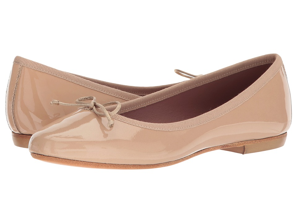 Summit by White Mountain Kendrick (Nude Patent) Flats