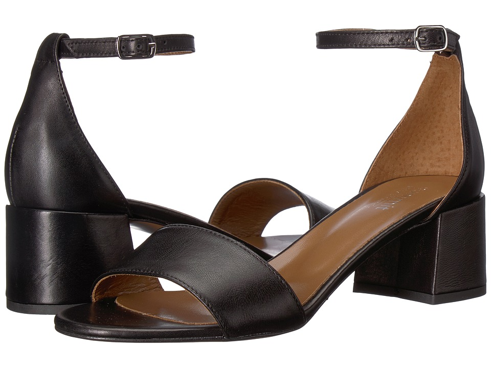 Summit by White Mountain Amelia (Black Leather) Sandals