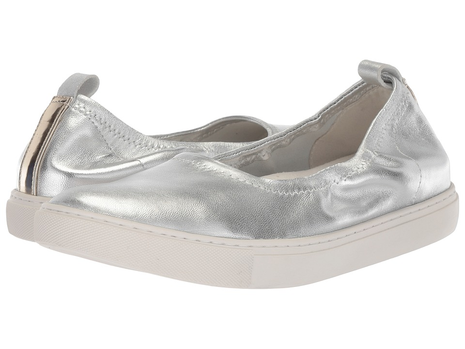 Kenneth Cole New York Kam Ballet (Silver Stretch) Women