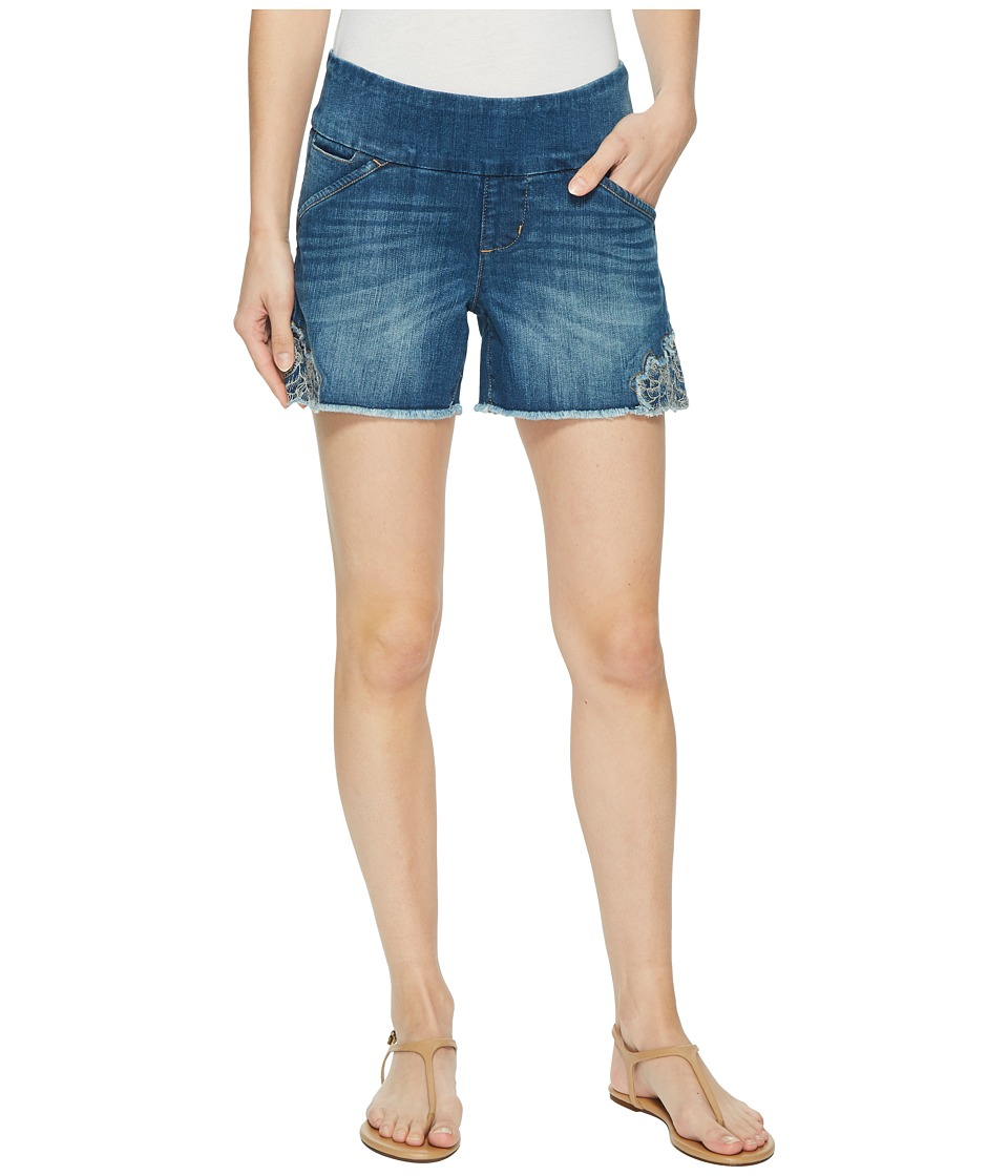 Jag Jeans - Ainsley Pull-On 5 Denim Shorts w/ Embroidery in Skydive (Skydive) Womens Shorts