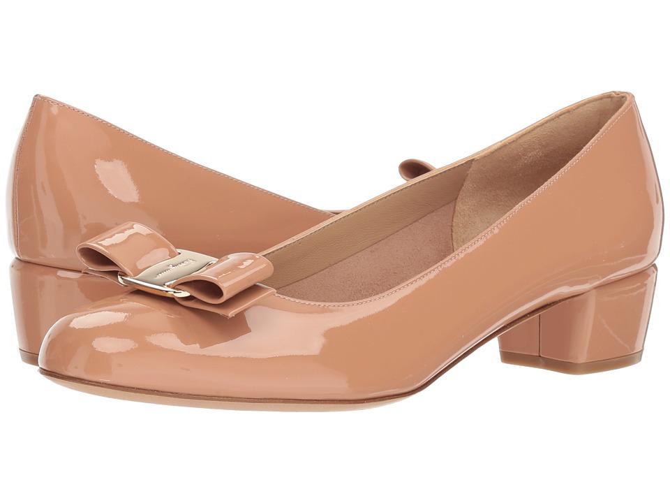 Salvatore Ferragamo Vara 1 (New Blush) 1-2 inch heel Shoes