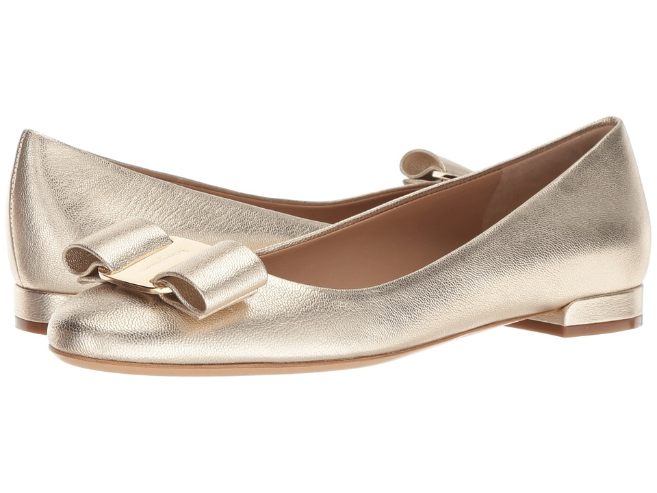 Salvatore Ferragamo Varina 17 (Oro Vecchio) Slip-On Shoes