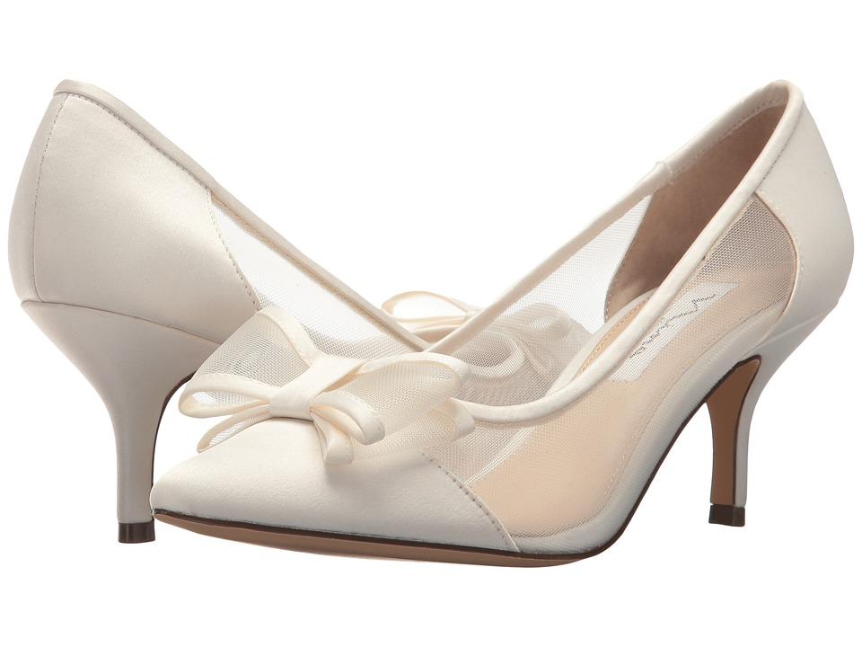 NinaBianca  (Ivory) Womens 1-2 inch heel Shoes