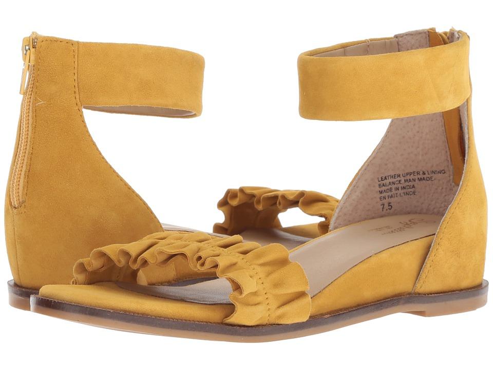 Seychelles Noble (Mustard Suede) Sandals