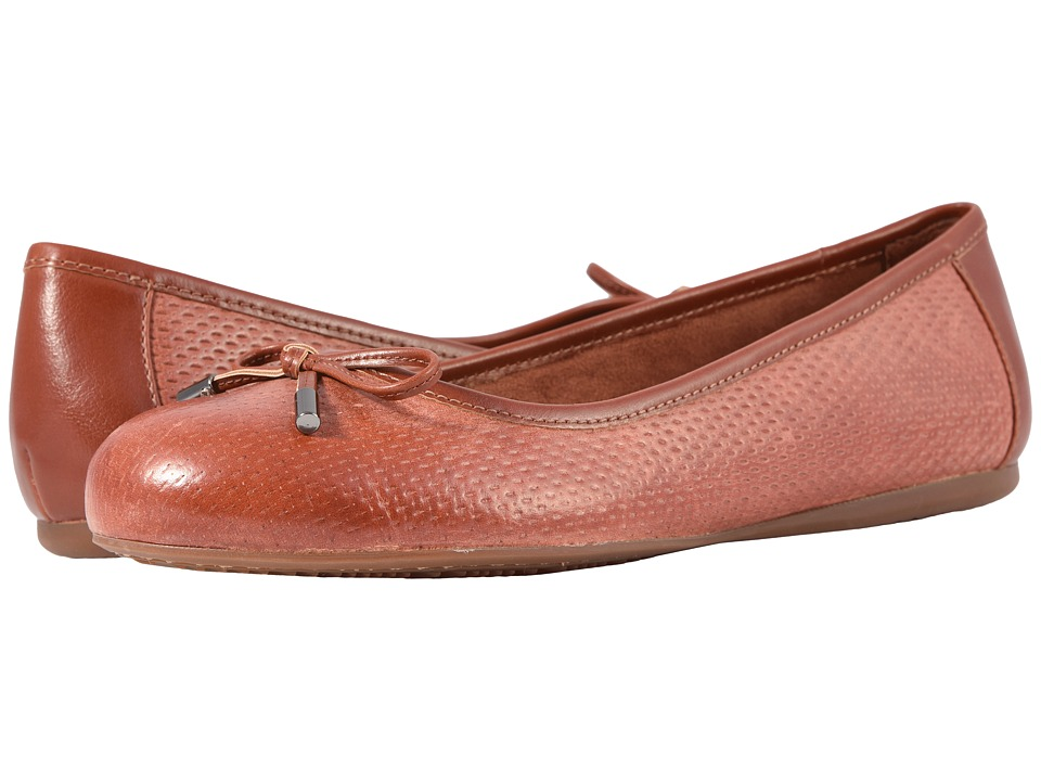 SoftWalk Napa Embossed (Brandy) Women's Shoes