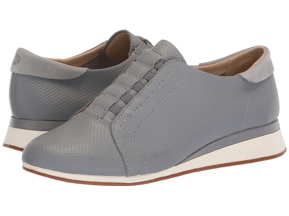 Hush Puppies Evaro Slip-On Oxford (Frost Gray Embossed Leather) Slip-On Shoes