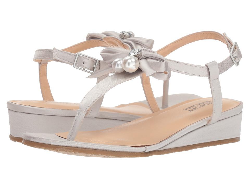 Badgley Mischka Kids - Talia Pearl Bow (Little Kid/Big Kid) (Silver) Girls Shoes