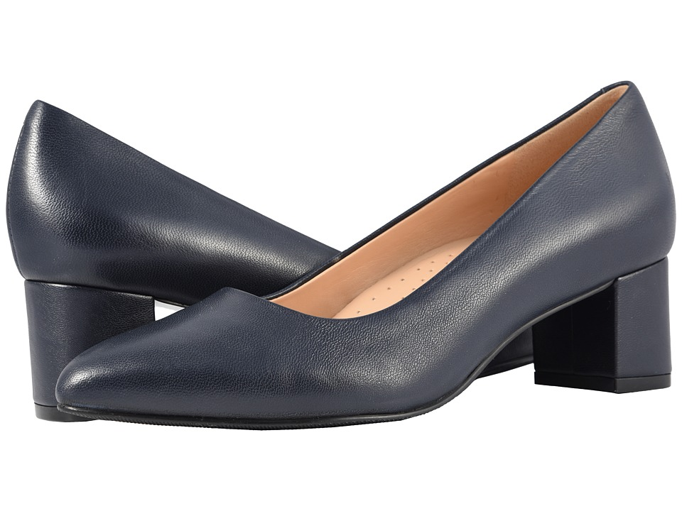 Trotters Kari (Navy Soft Nappa Leather) 1-2 inch heel Shoes