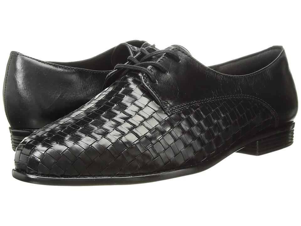 Trotters Lizzie (Black Woven/Smooth Leather) Slip-On Shoes