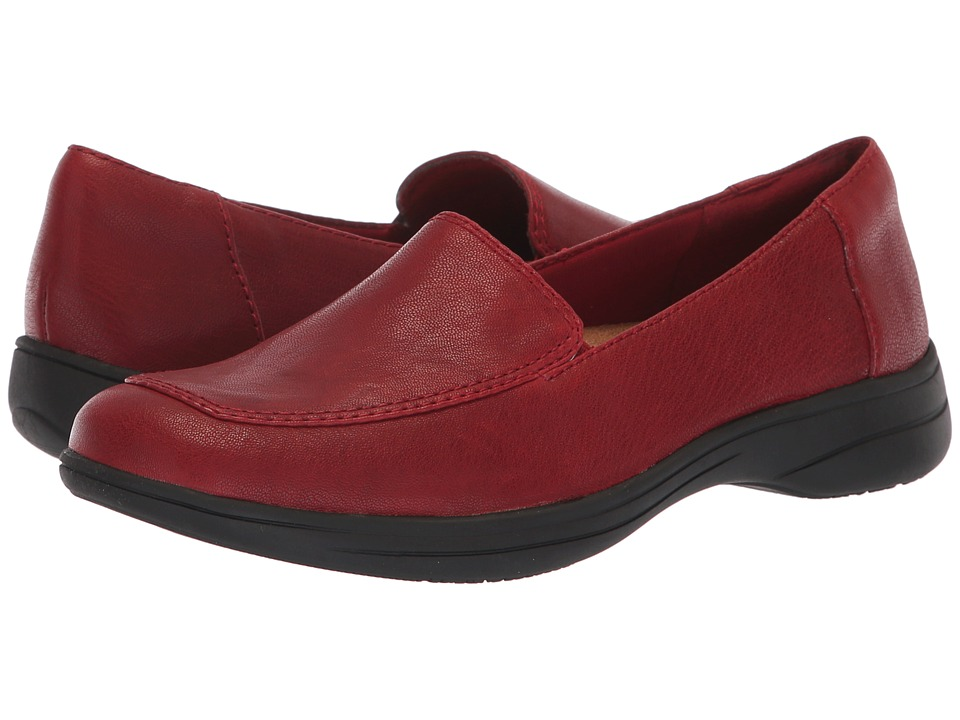 Trotters Jacob (Dark Red) Women's Shoes