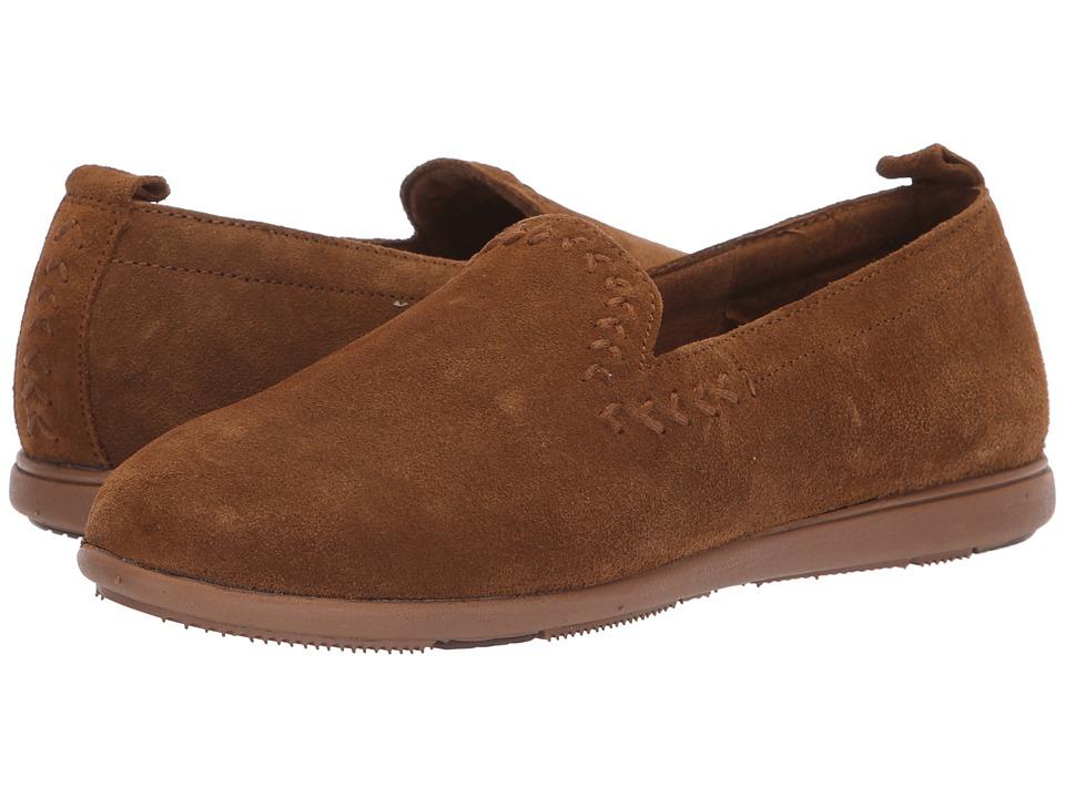 Minnetonka Shay (Dusty Brown) Slippers