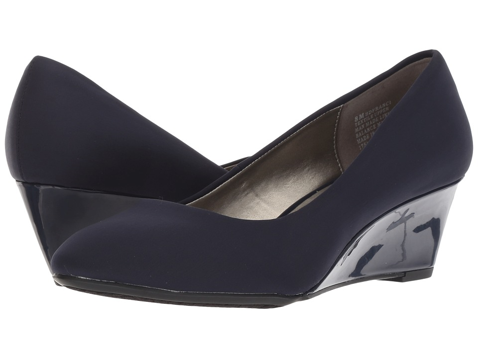 Bandolino Franci (Dark Blue Fabric/Fabric) Women's Shoes