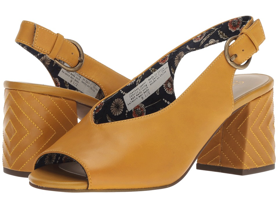 Seychelles Playwright II (Mustard Leather) Women's Shoes