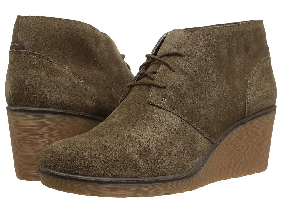 Clarks Hazen Charm (Olive Suede) Women's Shoes