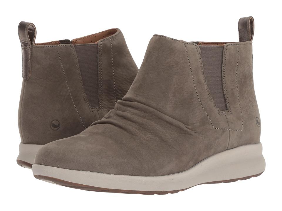 Clarks Un Adorn Mid (Taupe Nubuck) Women's Shoes