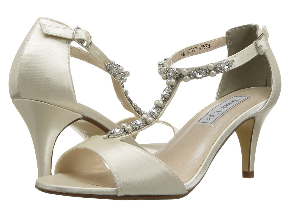 Touch Ups Donna (Ivory) Women's Shoes