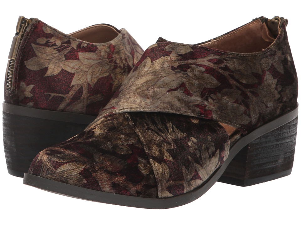 Me Too Taze (Brown Floral Velvet) Women's Shoes