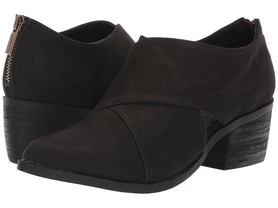 Me Too Taze (Black Nubuck) Women's Shoes