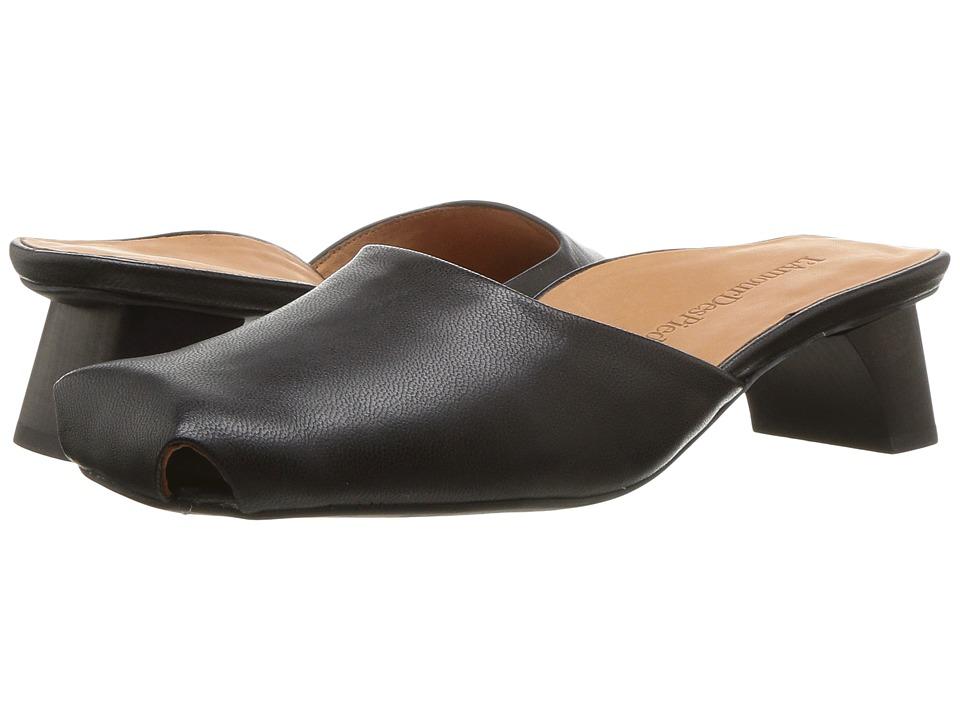 L'Amour Des Pieds Winoc (Black Capri Kid) Sandals