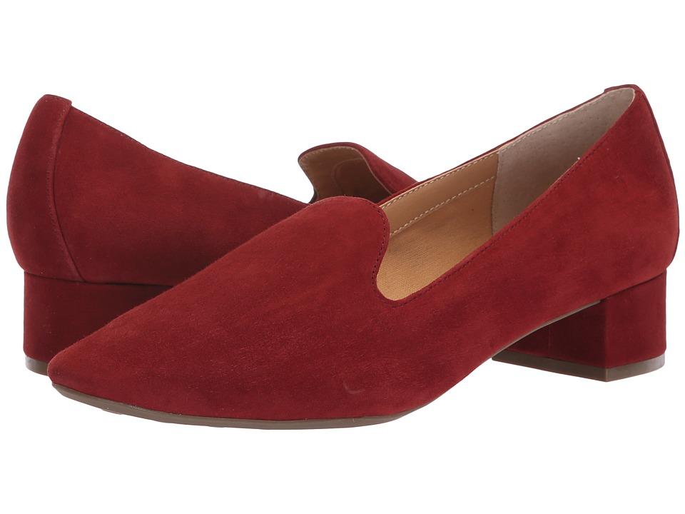Me Too Gwen (Rust Suede) 1-2 inch heel Shoes