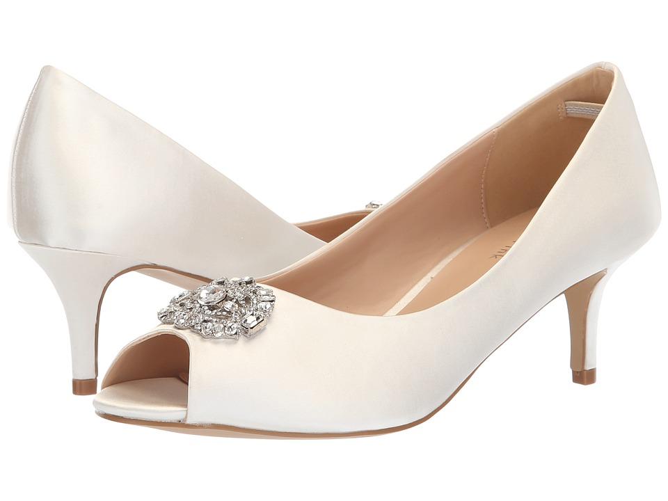 Paradox London Pink Prunella (Ivory) Women's Shoes