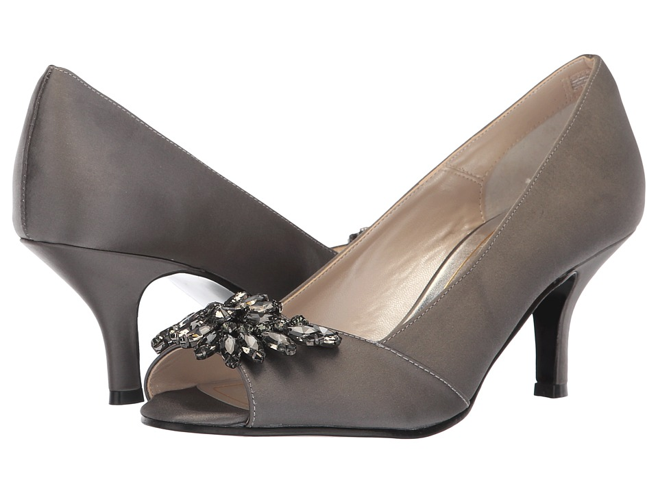 Caparros Oracle (Carbon New Satin) 1-2 inch heel Shoes