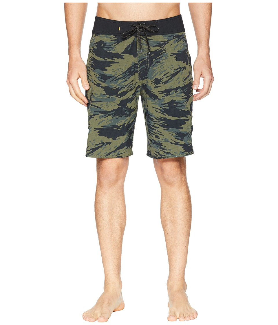 Quiksilver Waterman - Chummer Boardshorts (Beetle) Mens Swimwear