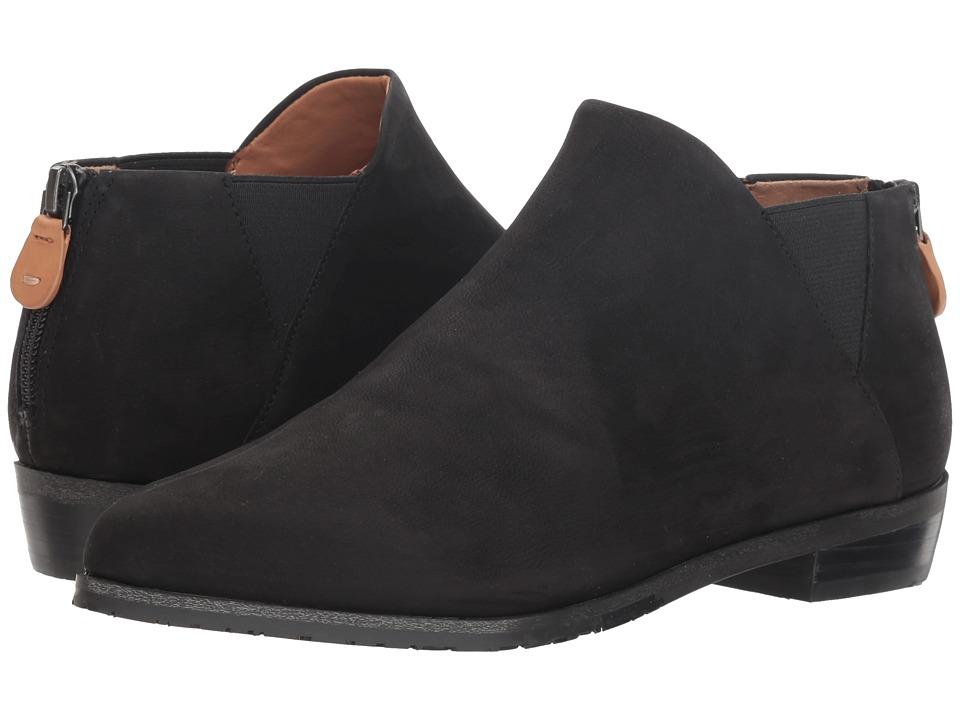 Gentle Souls by Kenneth Cole Neptune Chelsea (Black) Women's Shoes