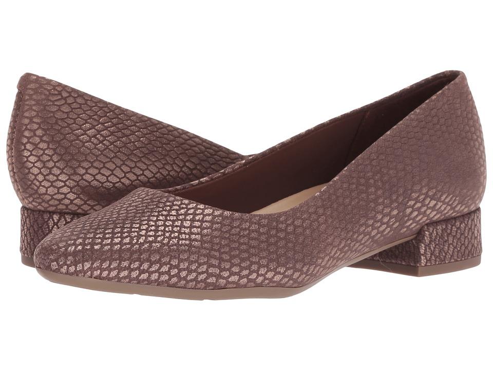 Easy Spirit Caldise (Liquorice Aw-986) Women's Shoes