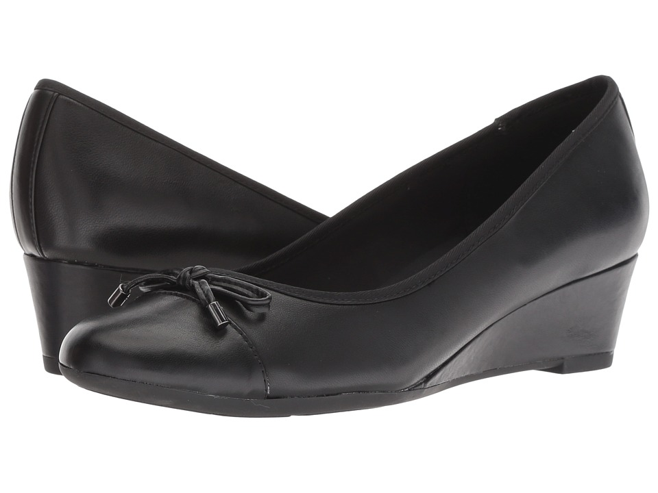 Easy Spirit Prim (Black/Black/Black) Women's Shoes