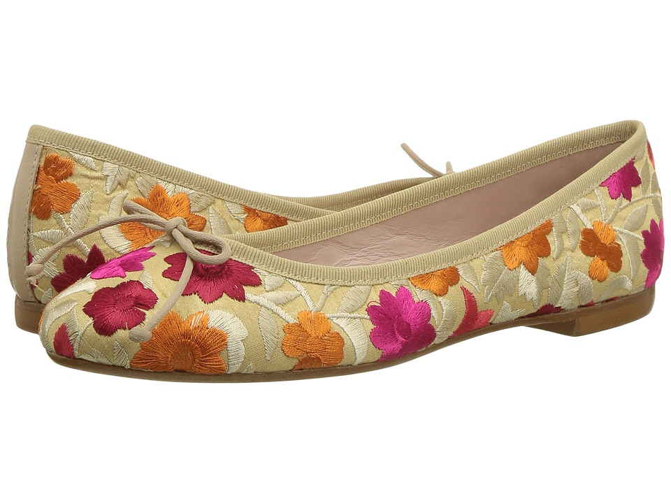 Summit by White Mountain Kendrick (Beige Fabric) Flats