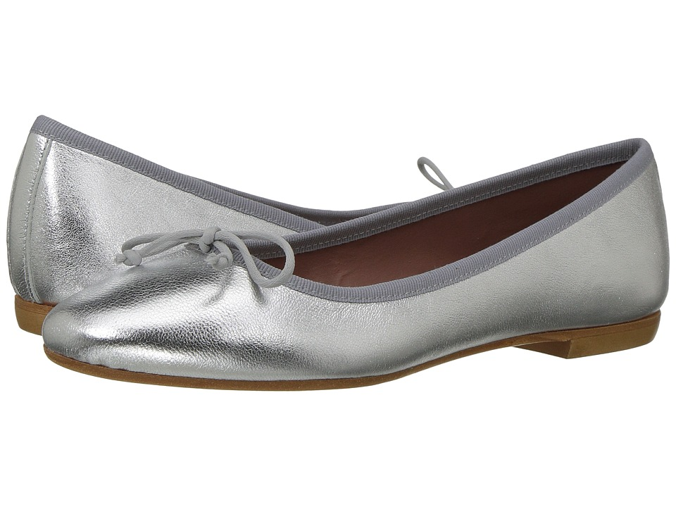 Summit by White Mountain Kendrick (Silver Metallic Leather) Flats