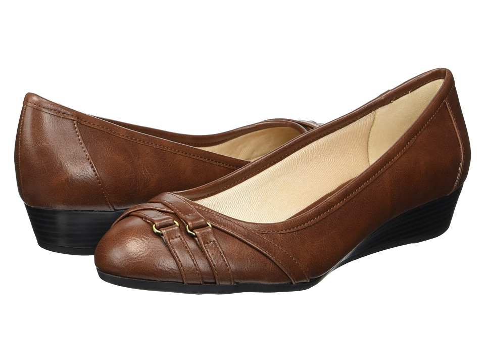 LifeStride Flair (Dark Tan) Women's Shoes
