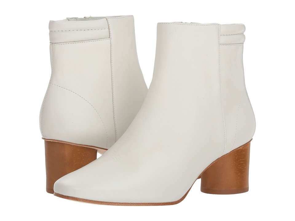 Bernardo Izzy Boot (White Glove)