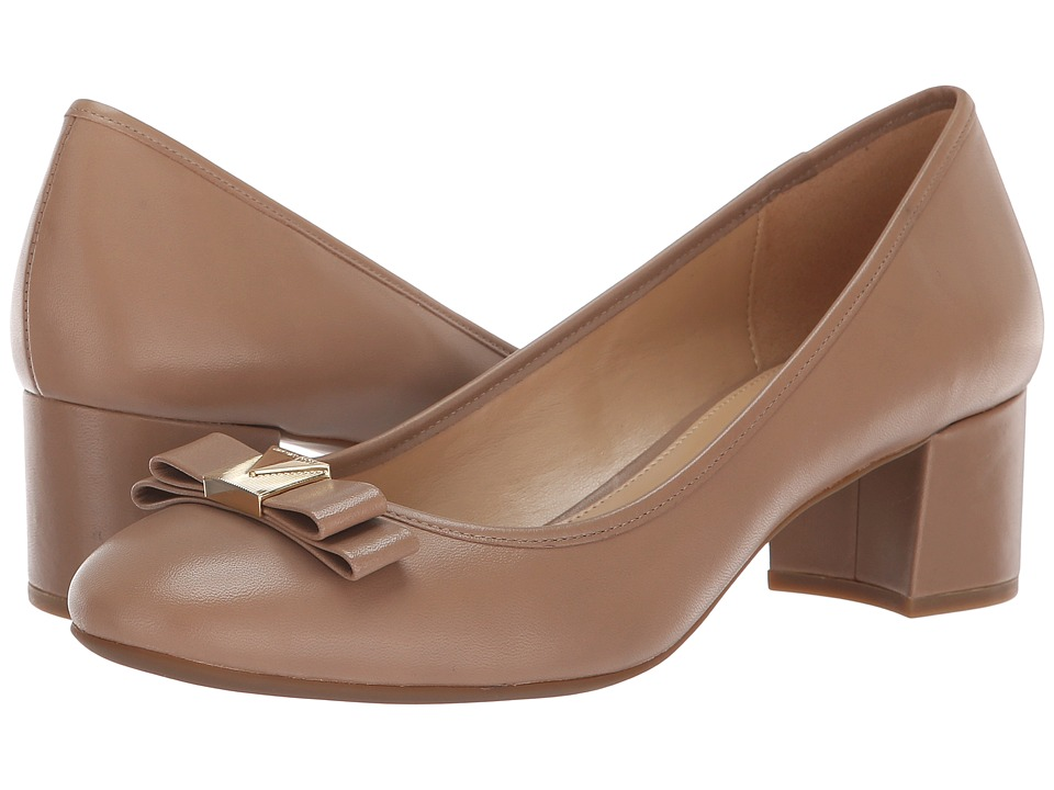 MICHAEL Michael Kors Caroline Mid Pump (Dark Khaki Vintage Leather) 1-2 inch heel Shoes